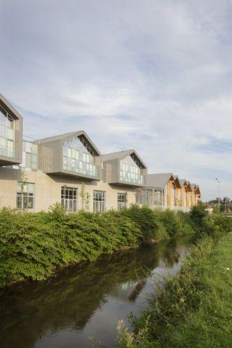 Lycée Polyvalent Louise Michel, Gisors (France) by Archi 5 Pro, Montreuil  #zinc #architecture #quartz-zinc #roofing #france