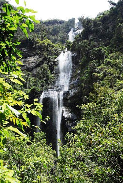 La cascada en caída escalonada más alta de Colombia
