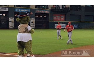 Orbit plays Twister, a T-Rex and the other most memorable MLB mascot moments of 2014 //  All of these are cute, but COME ON!!  This is by far the cutest of them all!