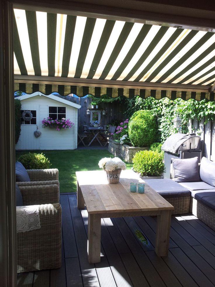 Stoere tuin tafel van gebruikt steigerhout! Te bestellen via www.winlou.nl Zelf een gaaf idee? Laat het ons weten en we denken graag mee voor mooie steigerhouten meubelen.