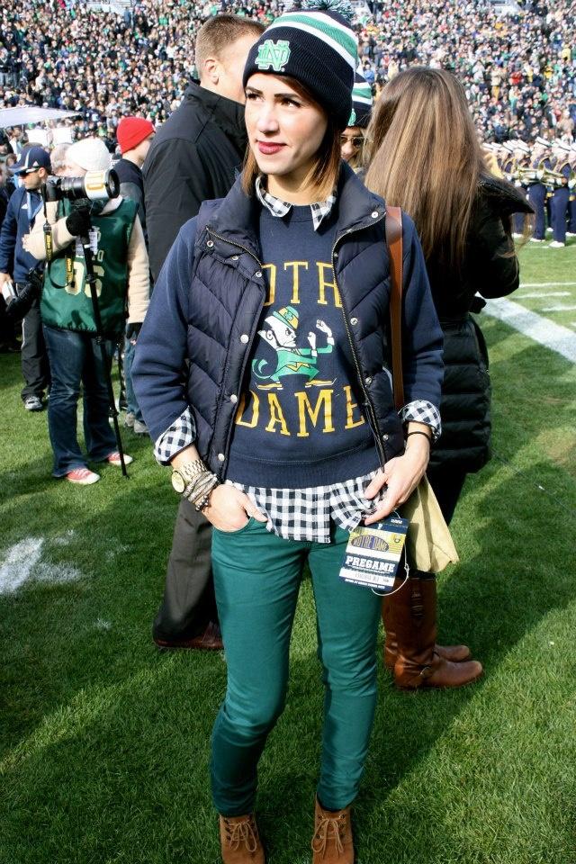 Notre Dame College Vault shirt {sportsanista} @NDFightingIrish @UofNotreDame #collegevault #goirish