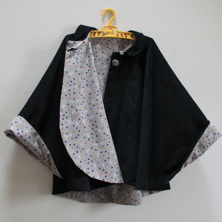 Reversible child cape