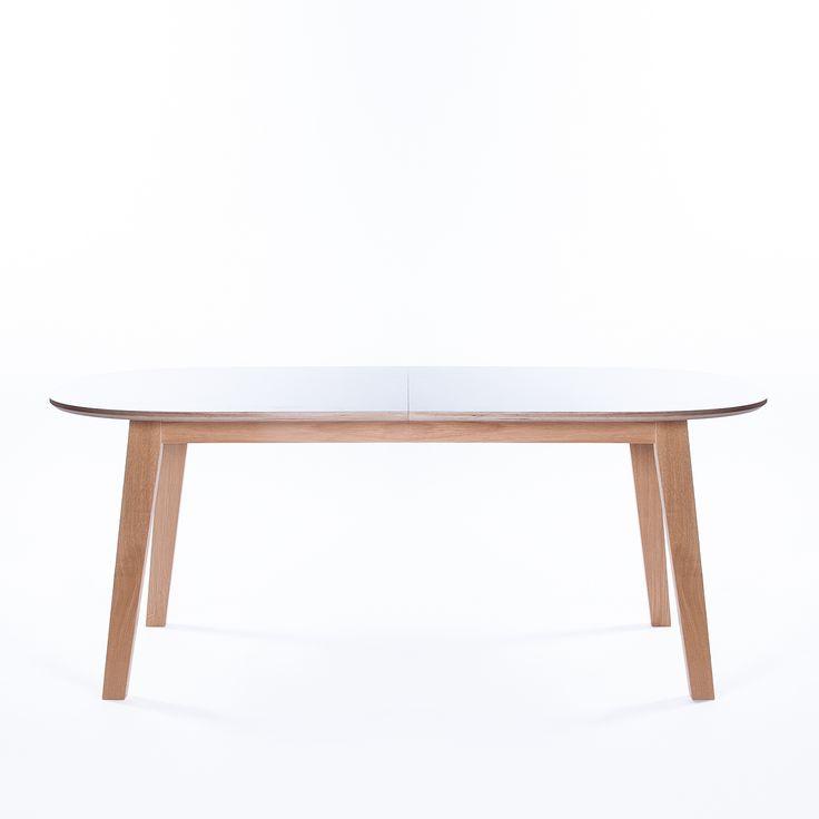 Nordik ovalt matbord, vit/ek från Select21 – Köp online på Rum21.se