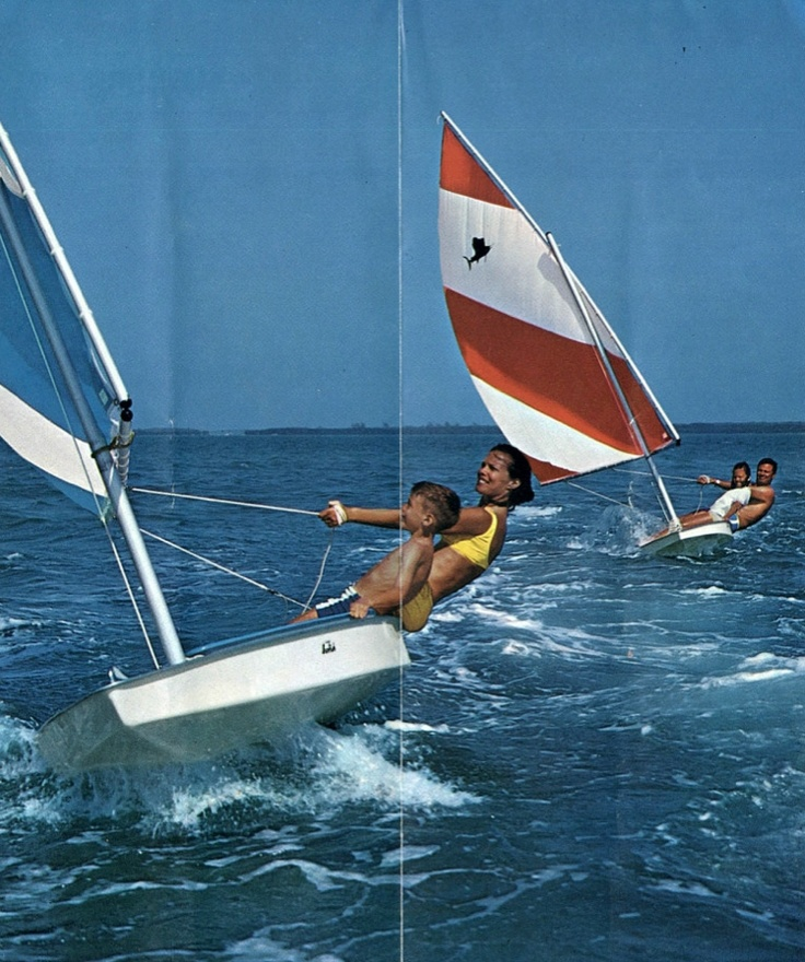 Sunfish from a '71 brochure.   Boast Life in 2019   Sailing dinghy, Boat, Sailboat