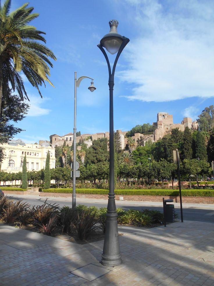 La Alcazaba desde la Alameda Principal