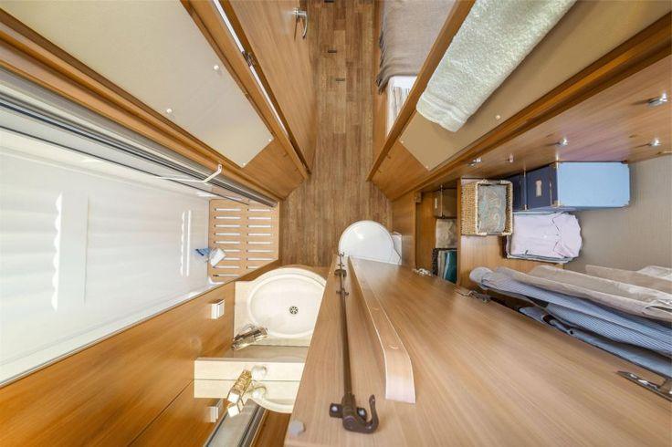 HYMER T-Class CL - luxury wardrobe - bathroom - motorhomes - semi-integrated