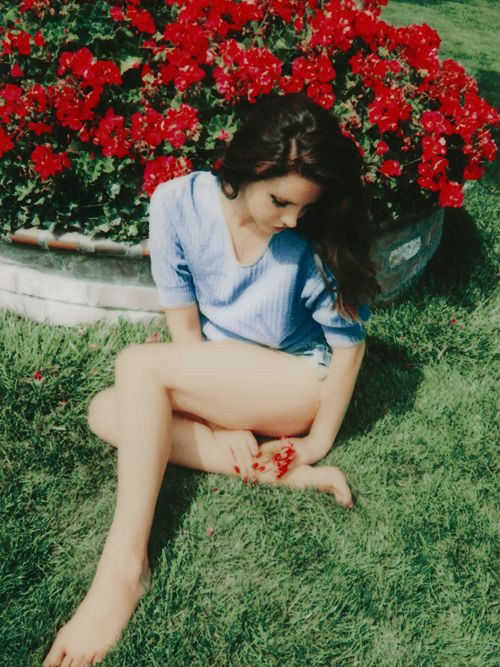 "fashion inspiration | xconeyislandqueen: ""When you're an introvert..."