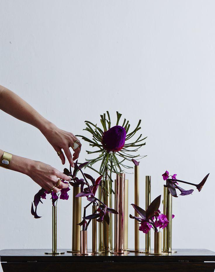 WILD POSIES - Photographs: Ross Hillier Production @bielleross #décor #homedecor #decorating #decorideas #flowers #flowerarrangement