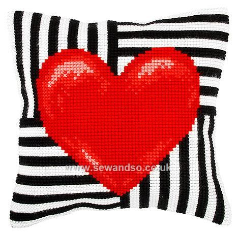Big Heart Cushion Front Chunky Cross Stitch Kit