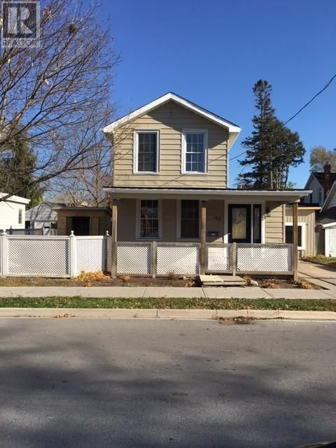SOLD! Cute renovated home in Belleville Ontario. Perfect for first time home buyers. Potential from rental income at back half of the home