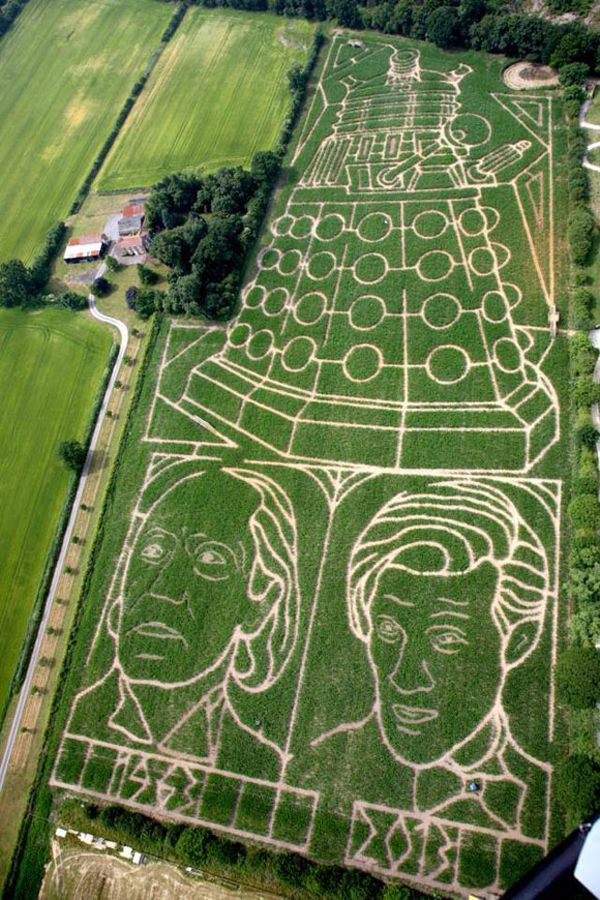 Doctor Who celebrates with 18-acre Dalek corn maze - Crave someones obsessed :D