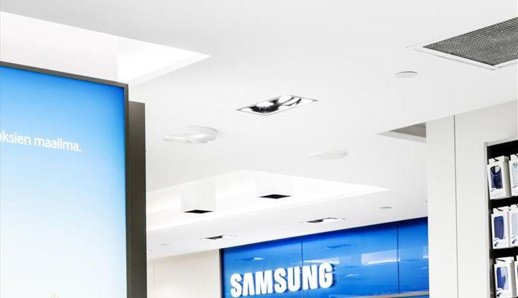 Samsung Experience Store Helsinki retail lighting | lighting.eu