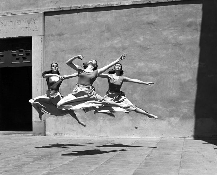 Three dancers in Mills College, California, 1929