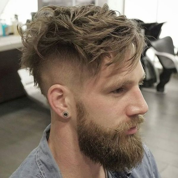 So Gear Up With Some Crazy Ideas This Time As Mens Undercut Hairstyles With Beard Is Mens Hairstyles Undercut Mens Hairstyles Thick Hair Mens Hairstyles Short
