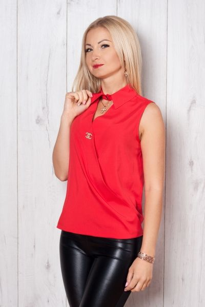 Женские блузы  Несмотря на то, что сегодня блузы есть в гардеробе практически любой девушки, история их существования весьма непродолжительна. Впервые такая одежда появилась в конце XIX века и...  #modnakraina #моднакраина #блузы #женщины #madeinukraine #madeinua #ukrainianfashion #ukrainiandesigner #покупайукраинское