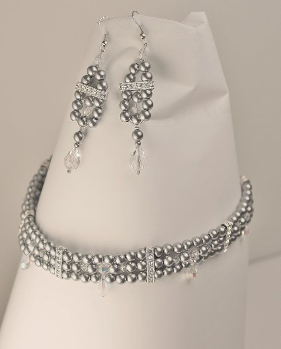 Elegant victorian grey choker and earrings by Lisbethstafnedesigns