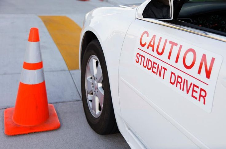 Teens are generally thought as bad drivers throughout the world. This is indeed very true because the researches that have been conducted all over the world on tin driving disaster reveals young people neglect driving basics and therefore such teens end up finding themselves in terrible accidents.