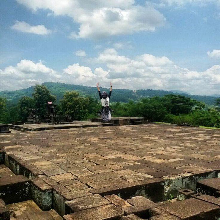 Jump higher!  Location : Ratu Boko Palace, Yogyakarta, Indonesia.