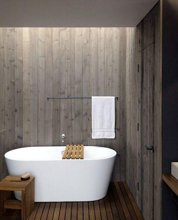 16 fina exempel på badrum med träpanel på väggen - Sköna hem