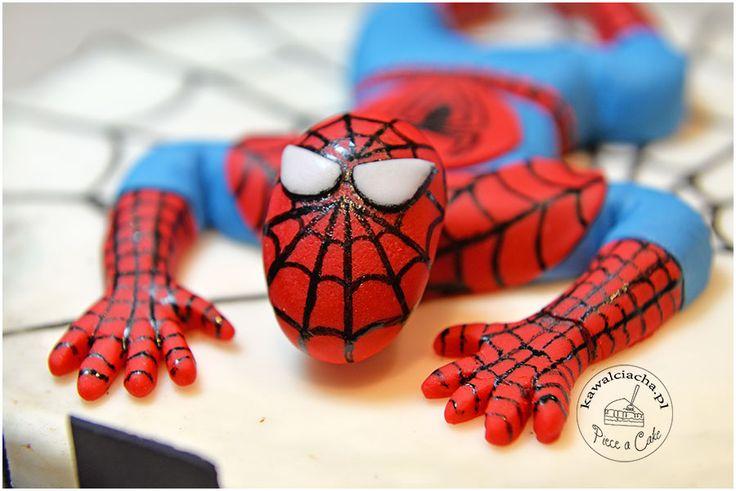 Spider-Man - element tortu urodzinowego, więcej na stronie bloga: www.pieceacake.pl