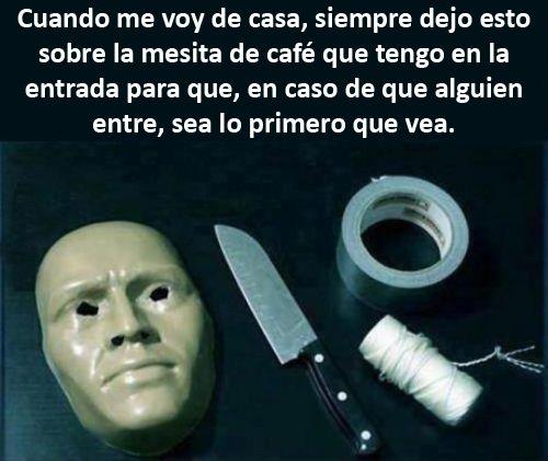 blogdehumor:  Seguridad, nivel: psicópata.http://blogdehumor.tumblr.com/
