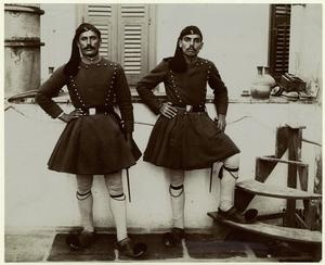 Greek soldiers, Makedonomaxoi ca. 1918. Source : Mid-Manhattan Picture Collection / Army -- Macedonia Greece
