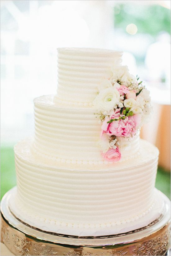 classic white wedding cake with pink flowers from Bettersweet Bakery #weddingcake