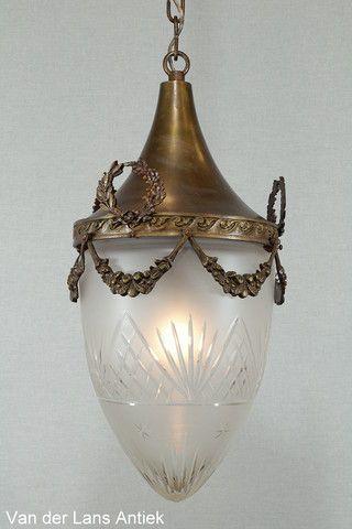 Antieke lantaarn 25694 bij Van der Lans Antiek. Meer antieke lampen op www.lansantiek.com