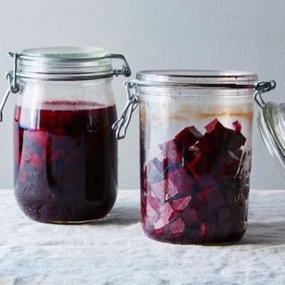 BEET KVASS: When beetroot is converted into kvass through fermentation, the process heightens its nutritional value significantly, along with providing strong gut support with the addition of healthy probiotic bacteria and enzymes that promote gut health. It aids your body in efficient absorption of nutrients from the foods that you eat.