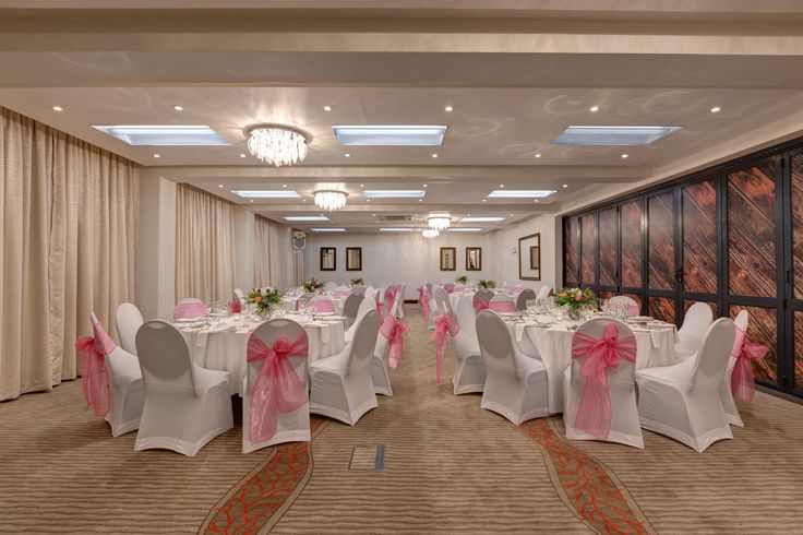 Gorgeous conference and banqueting rooms at the Fountains Hotel