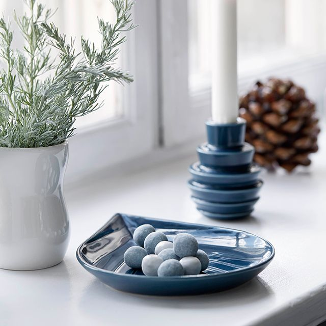 Cono elegant bowls for Christmas sweets