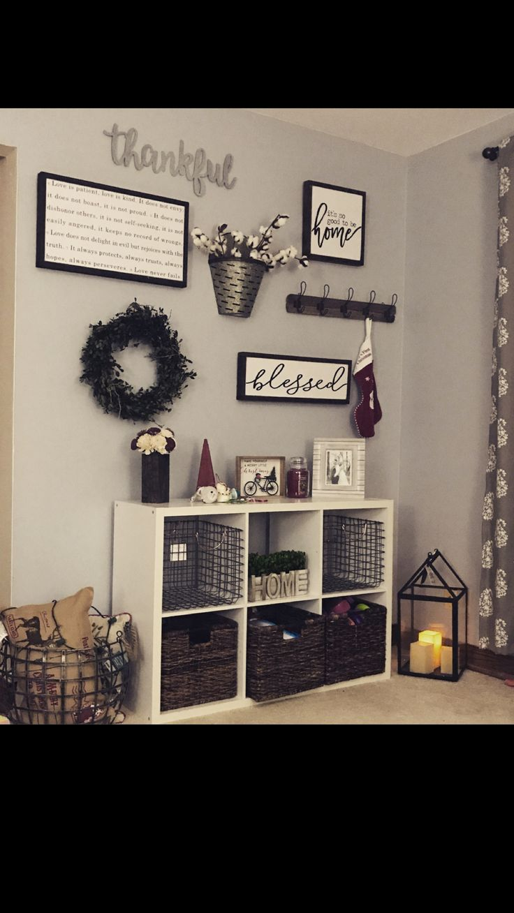 Rustic/farmhouse feel in the living room. Finds from hobby lobby, target & Michael's.