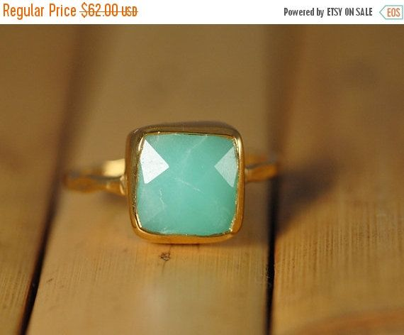 SALE  Mint Green Chrysoprase Ring Gold   Cushion Cut by delezhen
