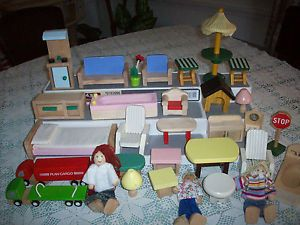 31 Pieces Of Wooden Handcrafted Dollhouse Furniture