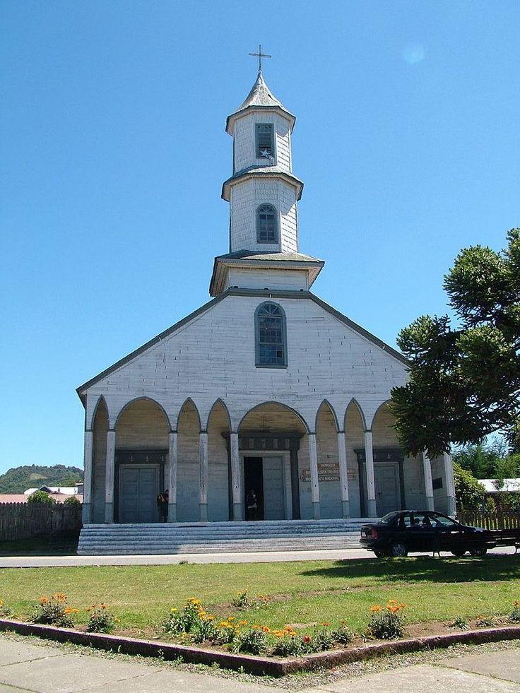 800px-Iglesia_de_Dalcahue-fachada.jpg (800×1067)