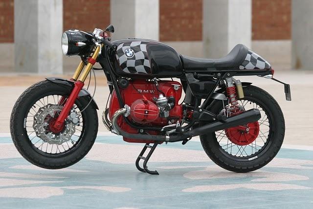 BMW R100 Cafe Racer Red Engine