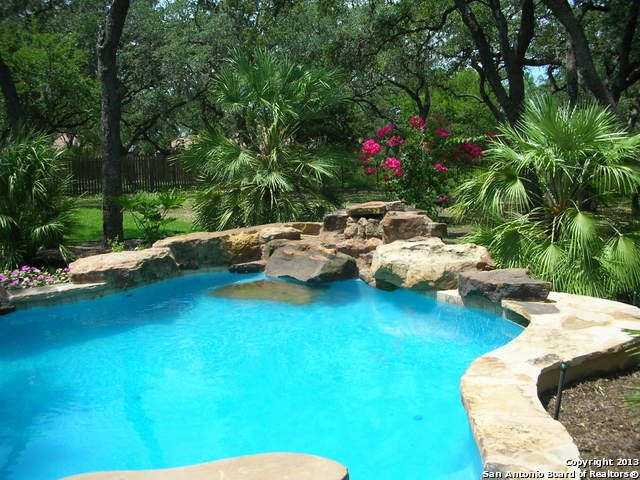 9265 Schoenthal Rd, Garden Ridge, Texas