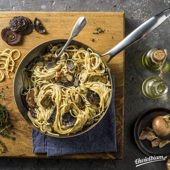 Grzybowe spaghetti z polędwiczkami