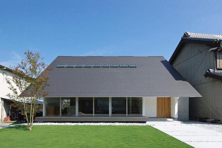 専門家:山本智一が手掛けた注文住宅住宅事例:宿町の家のページ。新築戸建、リフォーム、リノベーションの事例多数、SUVACO(スバコ)