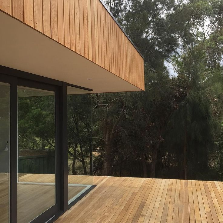 Blackbutt deck and cladding mix. Matt Johnson Building Services #timberfeatures…
