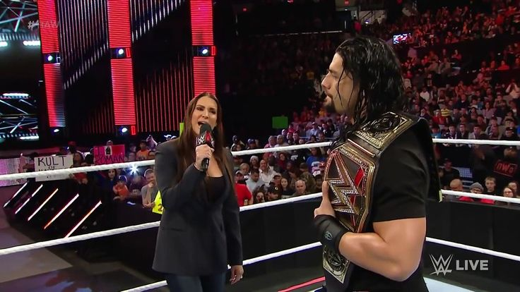 Roman Reigns doesnt back down to the McMahon family: Raw, January 4, 2016