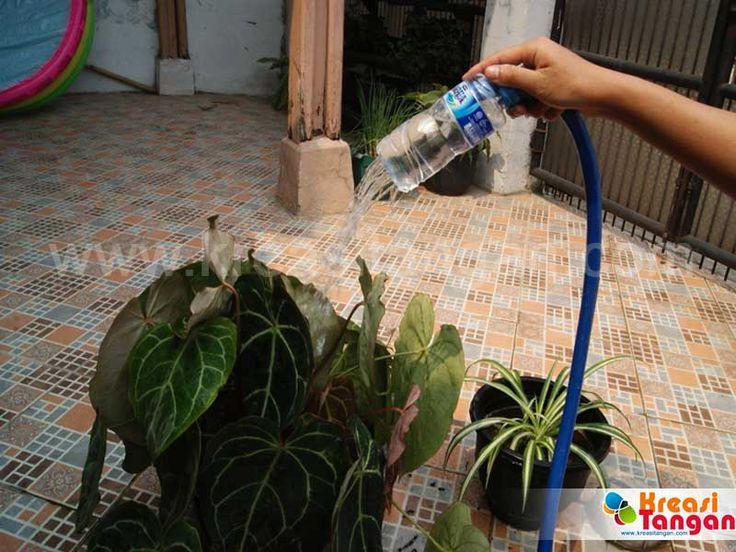Membuat Kerajinan Tangan Yang Sederhana Dari Botol Aqua