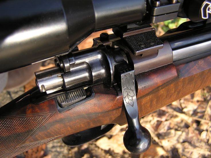 """Exceptionally rare Holland and Holland """"Model deLuxe"""" Mauser rifle in .375 H&H Magnum, ca. 1986"""