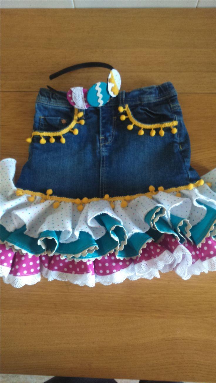 Resultado de imagen de hacer faldas de sevillanas de vaqueros