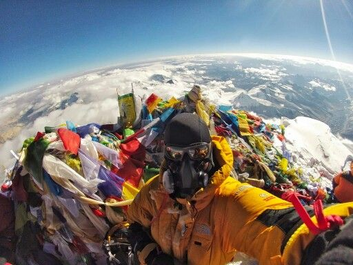 Climb to the summit of Mt. Everest