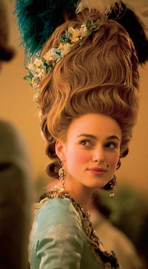 Keira in 'The Duchess'. Some of the most fabulous costumes in this film hardly got shown at all.