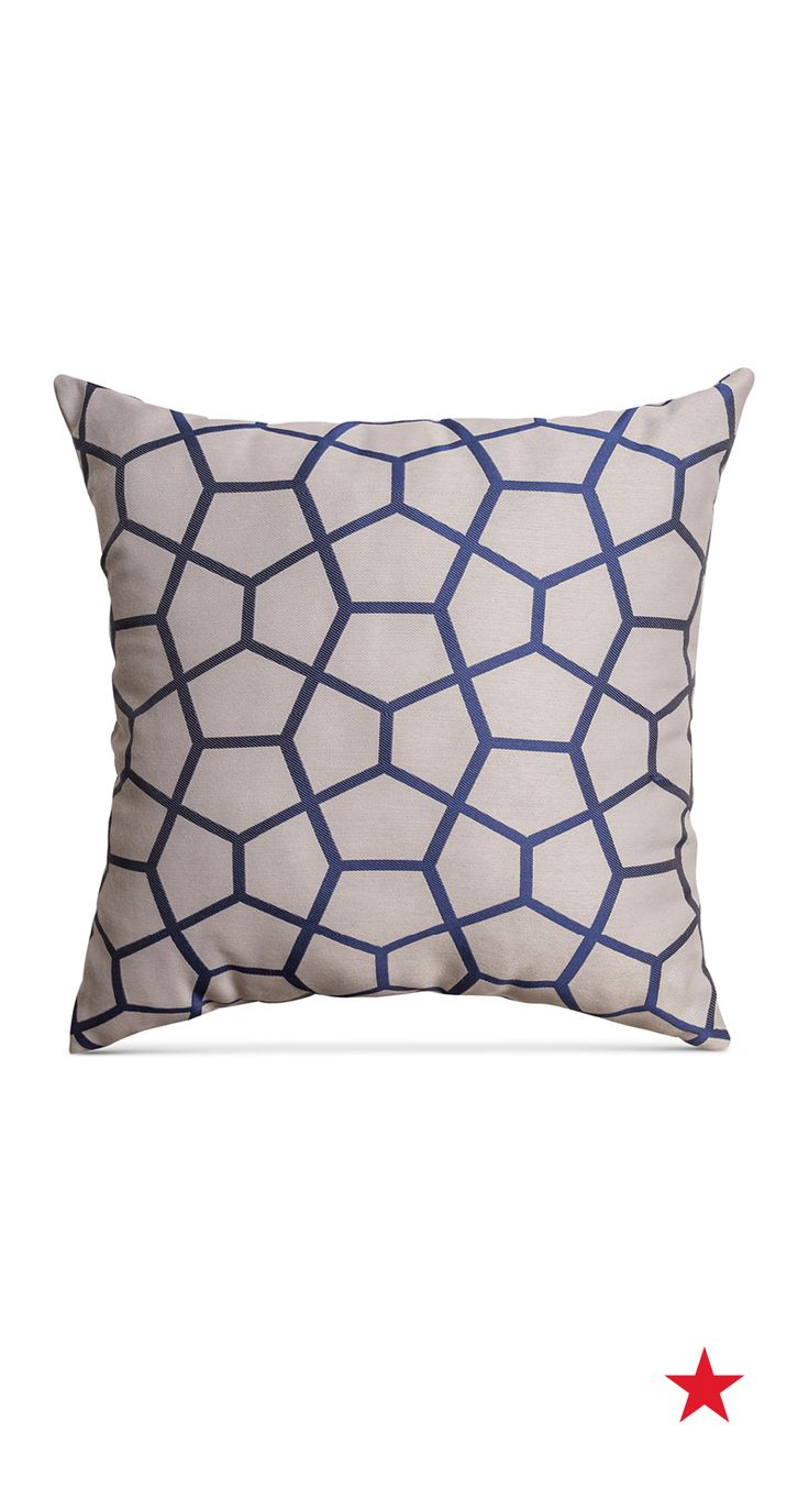 Big Comfy Throw Pillows : 218 best images about Suite Dreams on Pinterest Shops, Martha stewart and Quilt