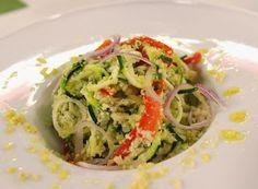 Denny Chef Blog: Fettuccine di zucchina in crema di anacardi, cipollotto e mentuccia fresca