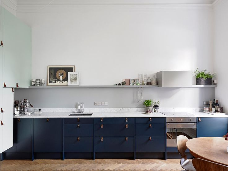 Kitchens often feel of clutter and a way to avoid that is to keep the overall design simple and scaled back, like these 12 Scandinavian-inspired designs.