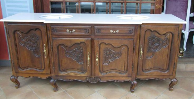 Exquisite vintage server turn into a double vanity. Would love to wake up to that everyday!